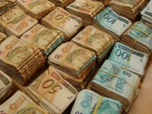 Dinheiro. Imagem: Pinterest.