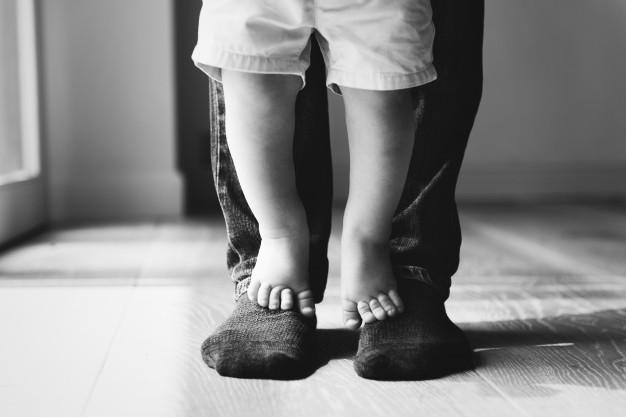 Pai e filho. Imagem: Pinterest.
