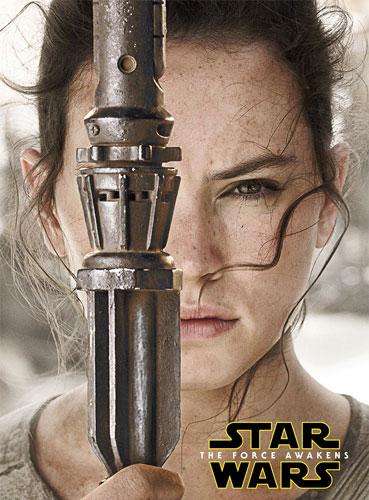 Rey luta contra as forças da Primeira Ordem e de Kylo Ren em Star Wars: Episódio VII – O Despertar da Força (2015). Crédito imagem: http://br.starwars.com.